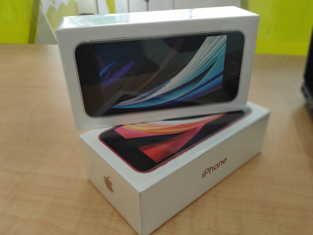 iphone SE2 入荷!!